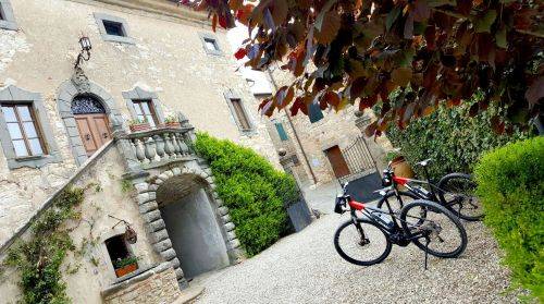 e-bike rental in Tuscany